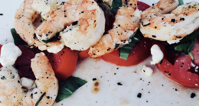 Shrimp Salad with Fresh Tomatoes